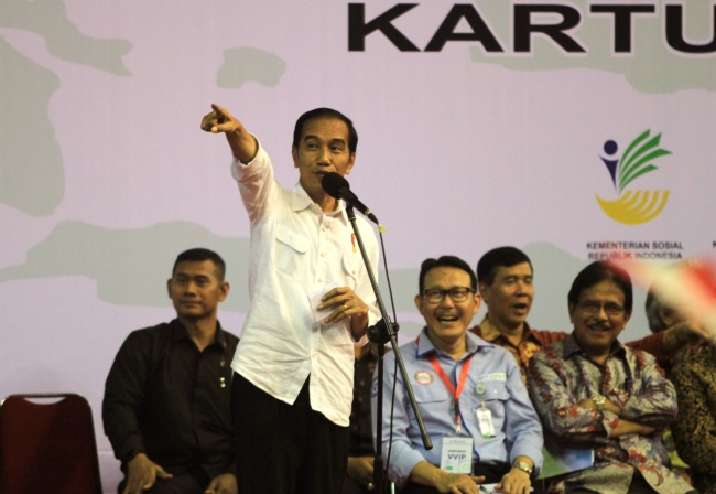 LAMPUNG POST | Presiden Tantang SMK Buka Jurusan e-Sport