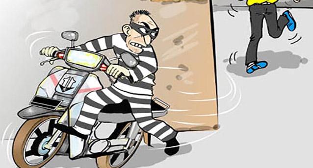 LAMPUNG POST | Sepeda Motor Raib Meski Pagar Rumah dan Setang Terkunci