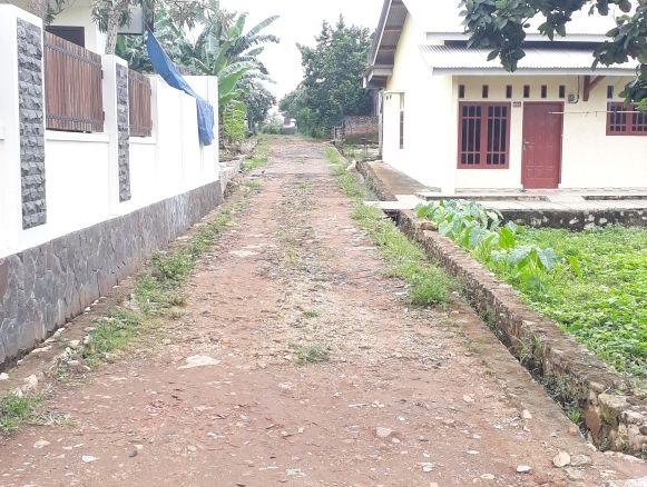 Warga Langkapura Minta Pemkot Bangun Jalan Kelurahan