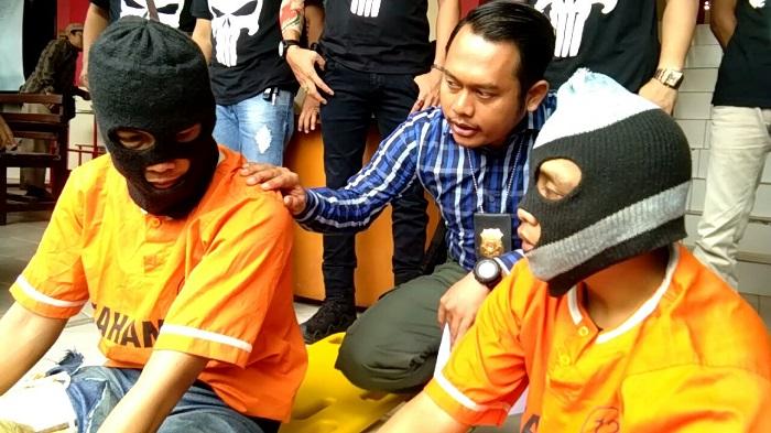 LAMPUNG POST | LAMPOST TV: Oknum Sapol PP Bandar Lampung Menjambret