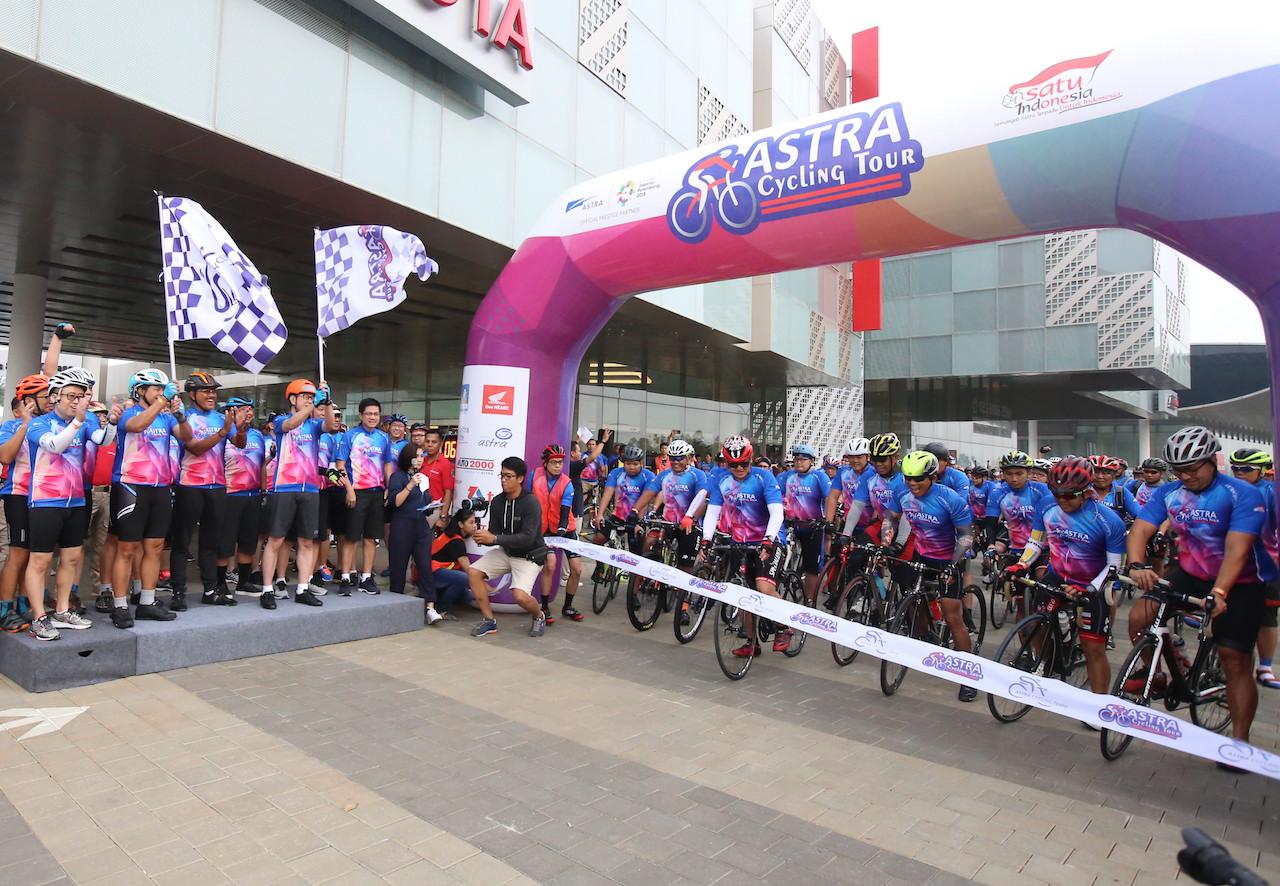 LAMPUNG POST | 2.600 Pesepeda Ramaikan Astra Cycling Tour