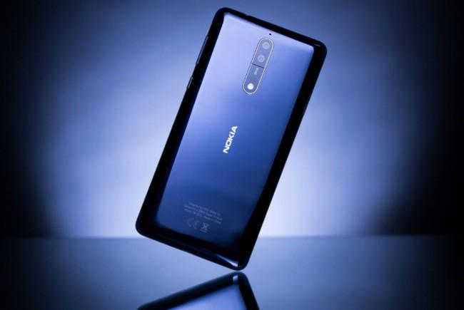 Ponsel Nokia 8 Bermasalah di Layar?