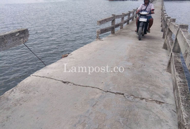 Dibiarkan Amblas, Jembatan Pulau Pasaran Retak