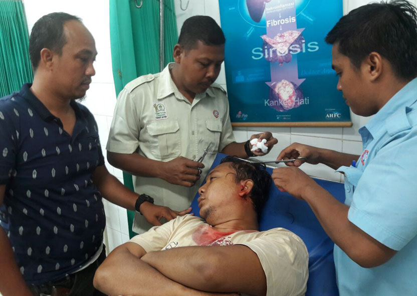 LAMPUNG POST   Tangkap Pelaku TO, Anggota Polres Tulangbawang Diserang Massa