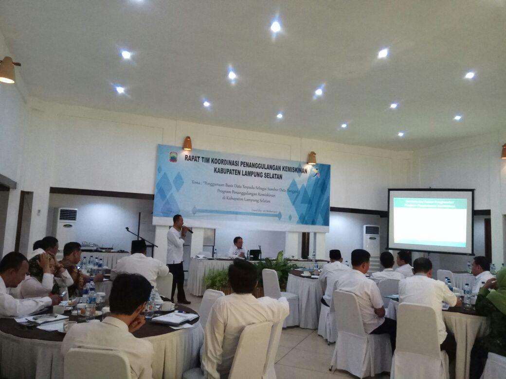 LAMPUNG POST | Kredit Perbankan Buat Peternak dan Nelayan Masih Minim