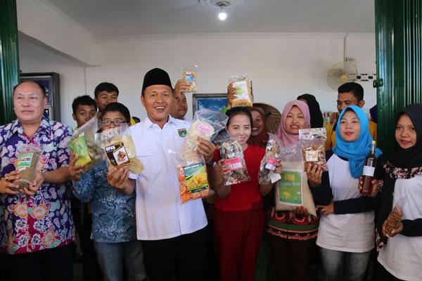 LAMPUNG POST | Saung Ronda Dongkrak Pertumbuhan UKM Lampung Tengah
