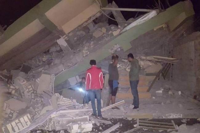 LAMPUNG POST | Perbatasan Iran-Irak Diguncang Gempa 7,2 SR, 61 Orang Tewas