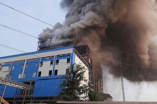 LAMPUNG POST | 16 Orang Tewas dalam Ledakan Pembangkit Tenaga Listrik di India