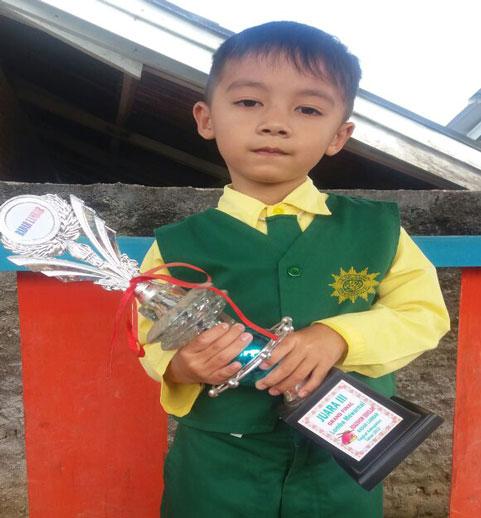 LAMPUNG POST | Daffa Sabiq Adali Anak yang Mandiri