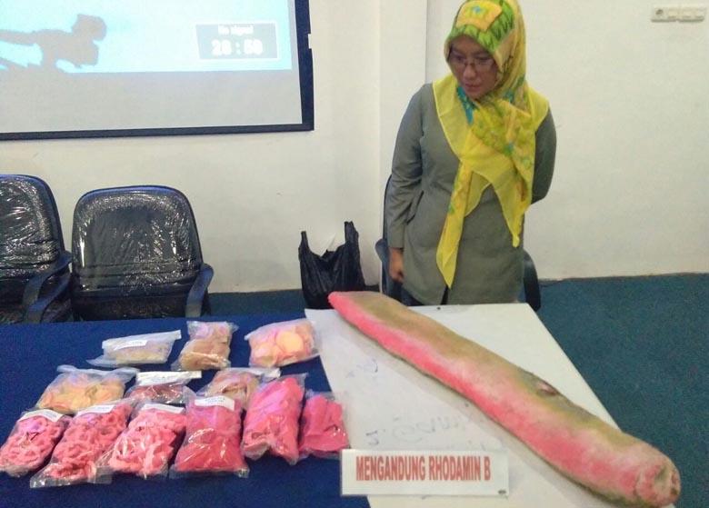 BPOM Temukan Makanan Mengandung Pewarna Tekstil dan Boraks di 7 Pasar