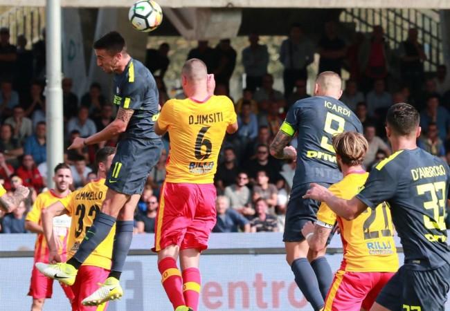 LAMPUNG POST | Inter Milan Bekap Tim Gurem Benevento 2-1