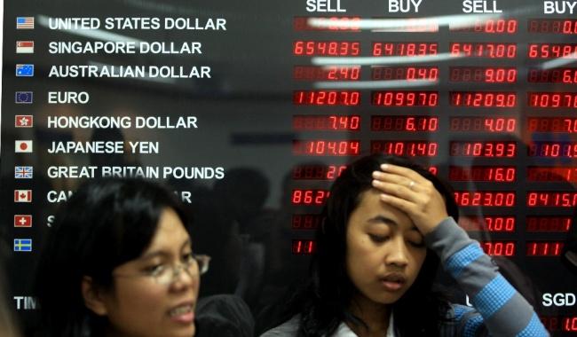 Rupiah Melemah Tipis ke Level Rp13.372/USD