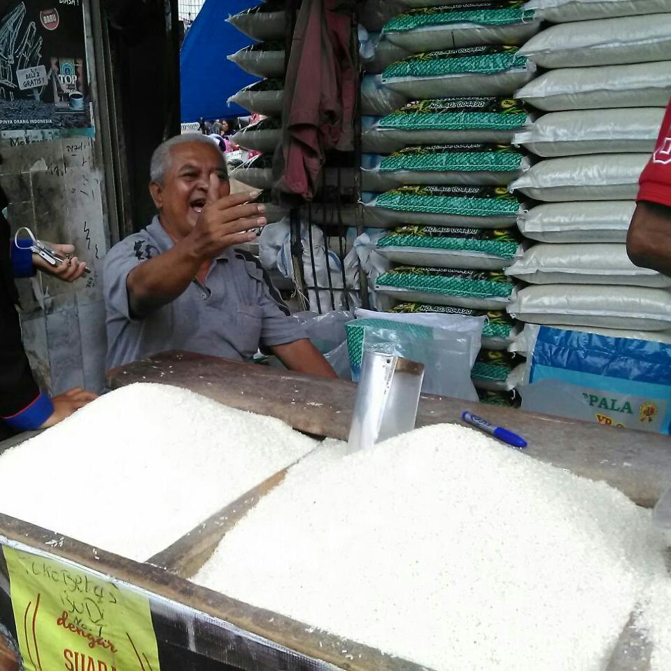 LAMPUNG POST | Harga Beras di Bandar Lampung Berangsur Turun