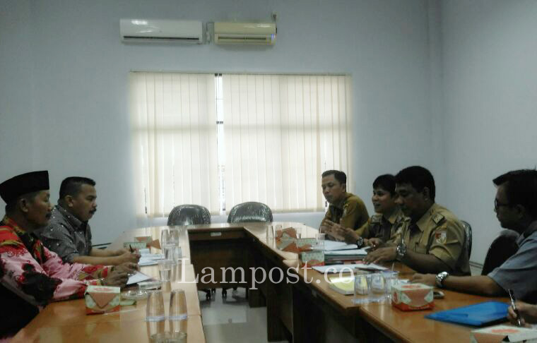 LAMPUNG POST   Lagi, Dewan Tubaba Panggil PT Kirana Terkait Pencemaran Lingkungan