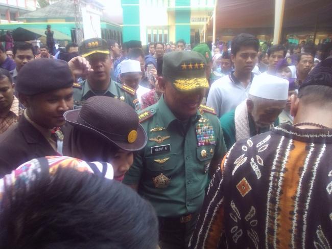 LAMPUNG POST | Panglima TNI Minta Jangan Ikuti Pihak yang Mau Ubah Pancasila