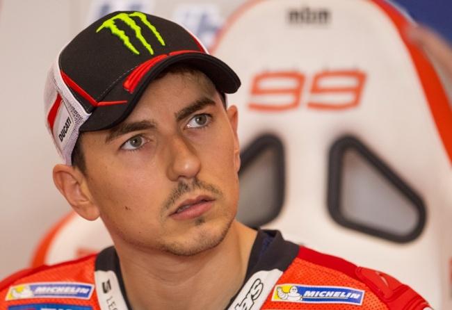 LAMPUNG POST | Lorenzo Akui Kesulitan Tunggangi Ducati