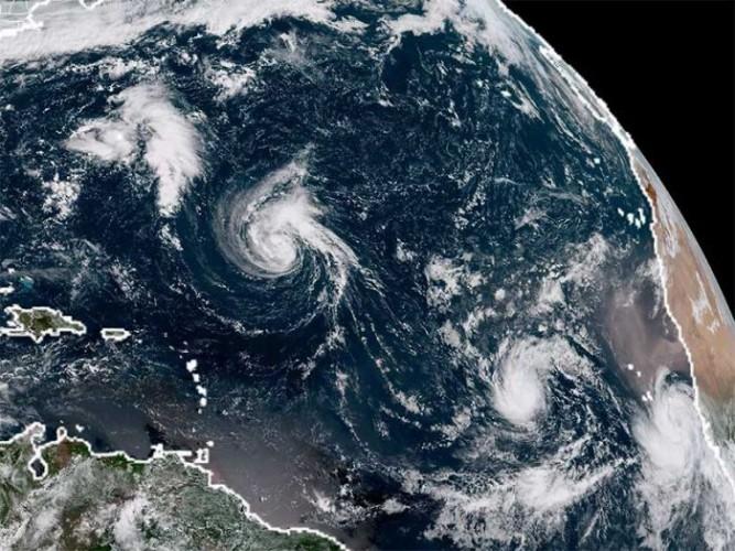Badai Florence Mendekati AS, 1 Juta Orang Diperintahkan Mengungsi