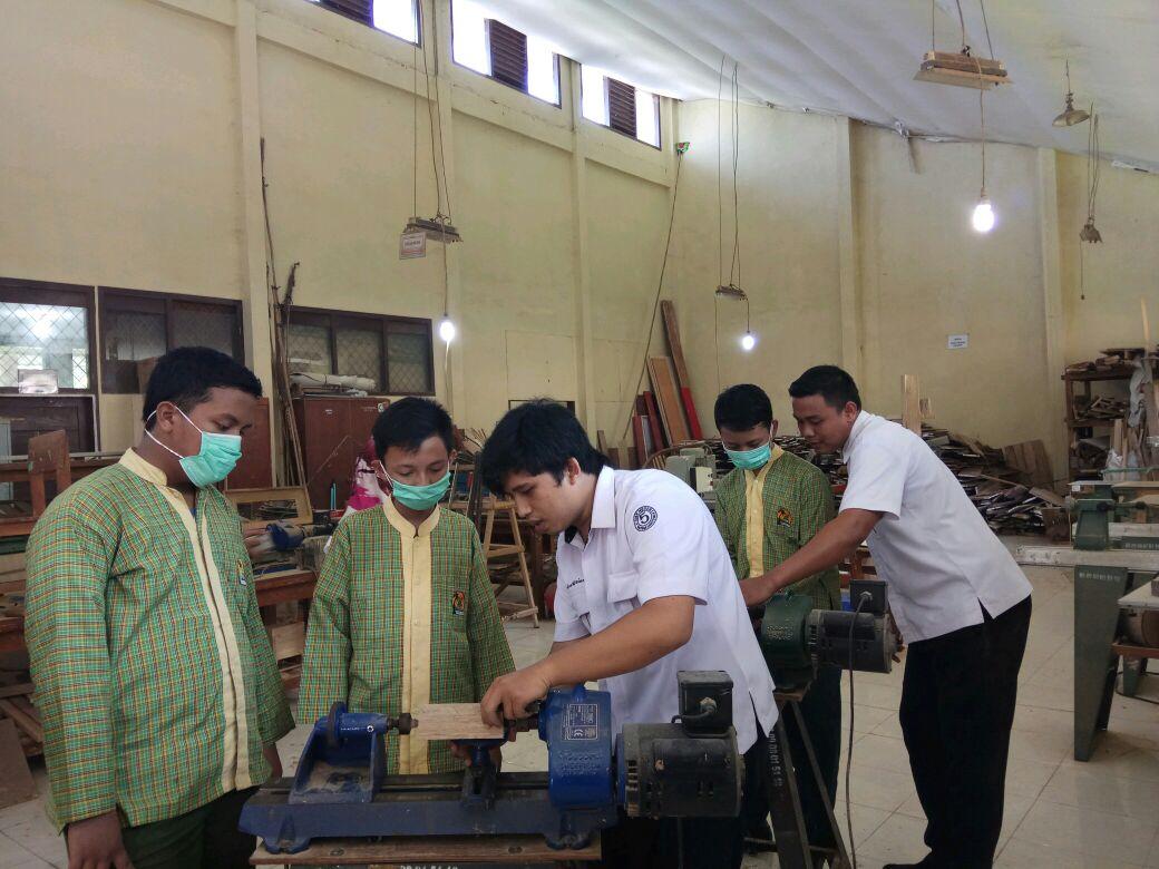 SMP Daarul Ilmi Kemiling Belajar di SMKN 5 Bandar Lampung