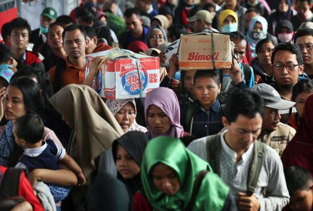 LAMPUNG POST | 60 Ribuan Pendatang Serbu Jakarta