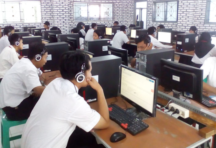 SMAN 14 Bandar Lampung Imbau Siswa Bawa Headset saat UNBK
