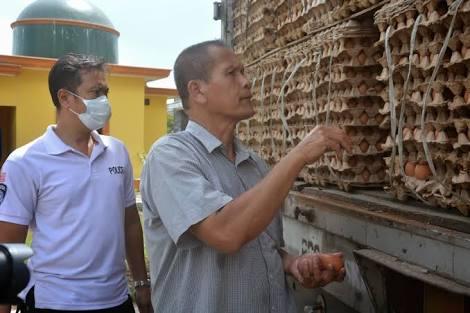 LAMPUNG POST | Sempat Lolos, Truk Muatan Ribuan Kilogram Telur Ayam Tanpa Surat Berhasil Diamankan