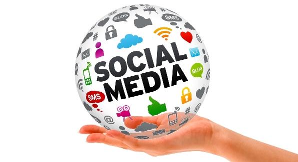 LAMPUNG POST | Revolusi Media Sosial