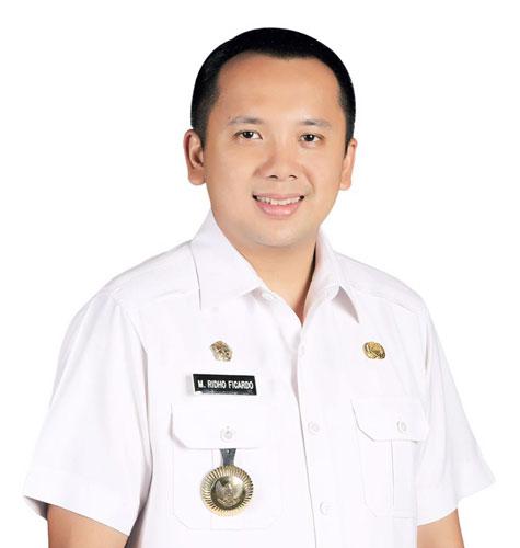 LAMPUNG POST   Gubernur Buka Klinik Perencanaan