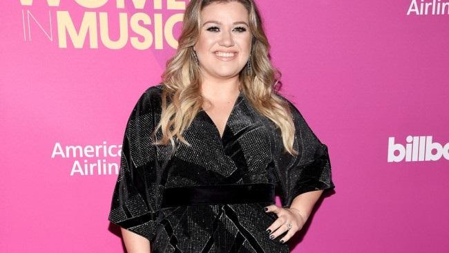 LAMPUNG POST   Rumah Kelly Clarkson Dibobol Pencuri