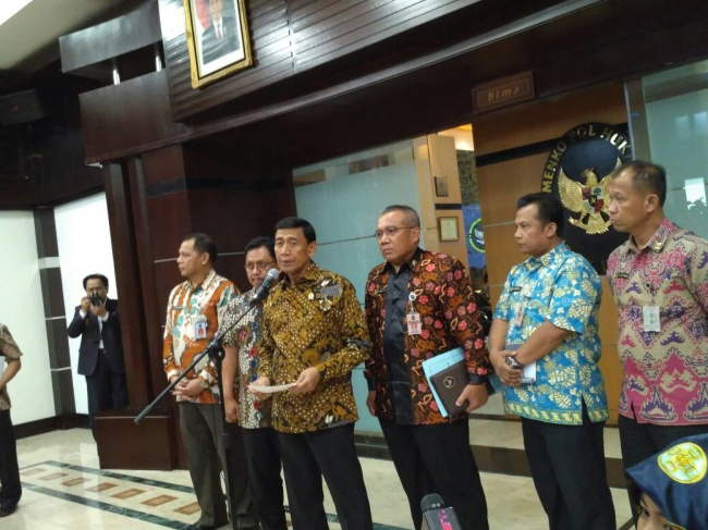LAMPUNG POST | Wiranto Sebut HTI Ancam Kedaulatan Indonesia
