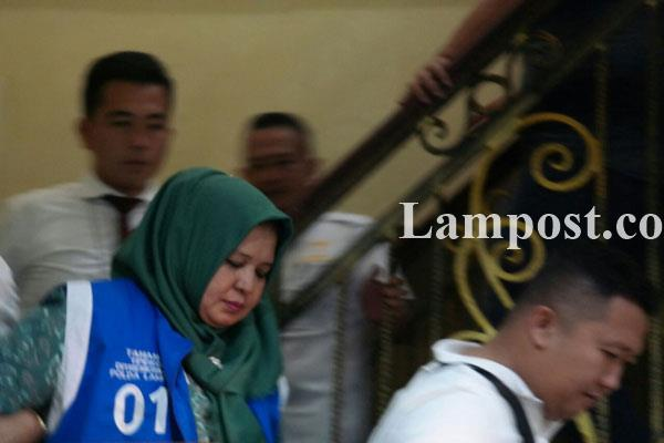 LAMPUNG POST | Polda Lampung Tahan Kadinkes Lampung Timur