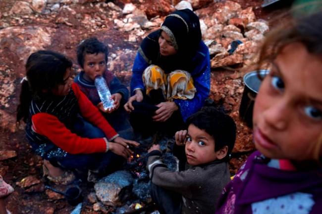 LAMPUNG POST | 9 Warga Suriah Tewas Membeku saat Menyeberang ke Lebanon