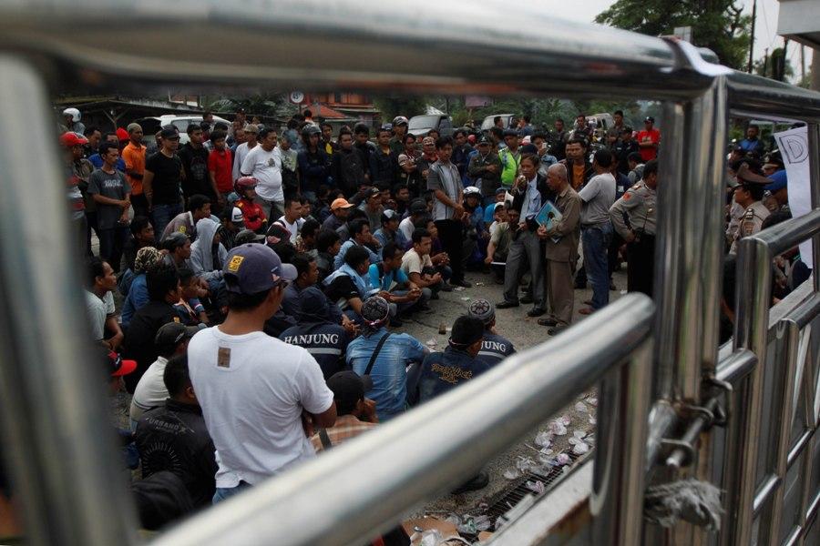 LAMPUNG POST | Terancam Bangkrut, Buruh PTHI Klaim Ditelantarkan