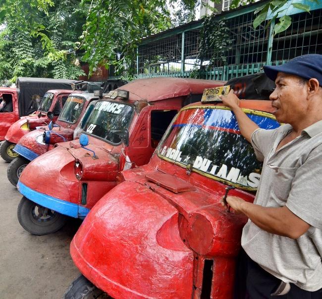 LAMPUNG POST | Jakarta dan Nasib Bemo