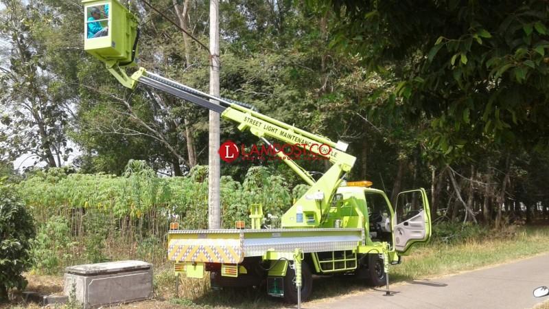 BLH Lampung Timur Uji Coba dan Training Operator Unit Mobil Truk Skylift Teleskopik
