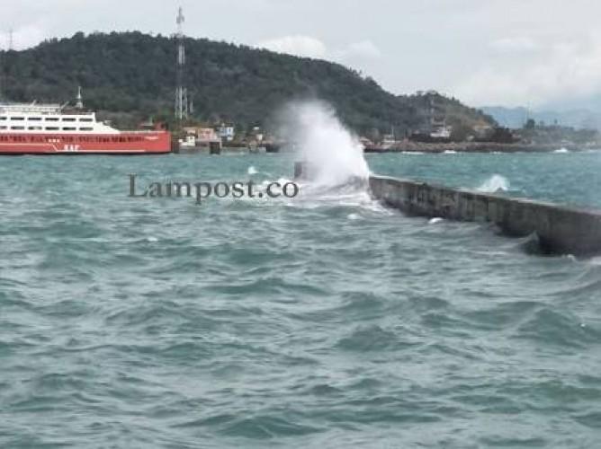 BMKG Peringatkan Gelombang Tinggi di Sejumlah Perairan di Indonesia, Termasuk Lampung