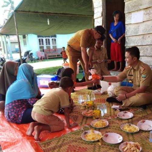BPBD Pesisir Barat Salurkan Bantuan ke Keluarga Nelayan Tenggelam