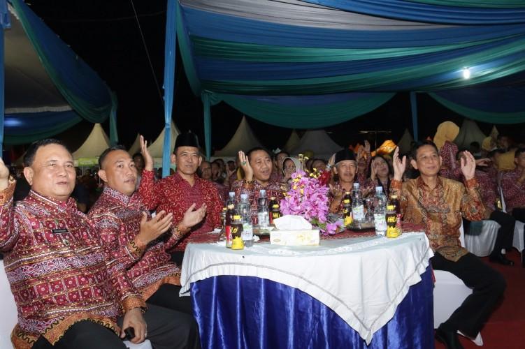 Bupati dan Wakil Bupati Pringsewu Harapkan Festival Krakatau Dorong Priwisata Daerah