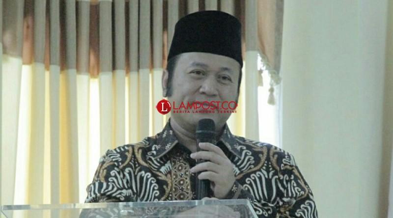 Bupati Lampung Selatan Salat Id di Masjid Agung Kubah Intan