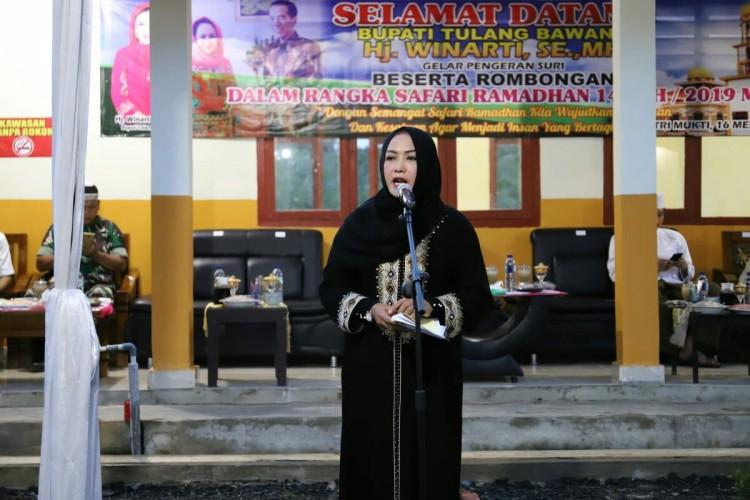 Bupati Tulangbawang WinartiHimbau Warga Tak Terprovokasi Isu People Power