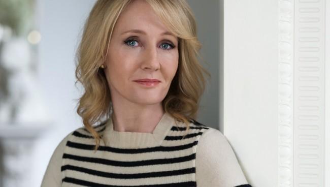 LAMPUNG POST   JK Rowling Dukung Johnny Depp di Sekuel Fantastic Beasts Meski Menuai Kontroversi