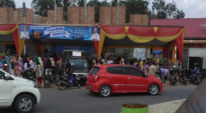 LAMPUNG POST | Ada Pasar Murah di Bundaran Tugu Rato Panaragan