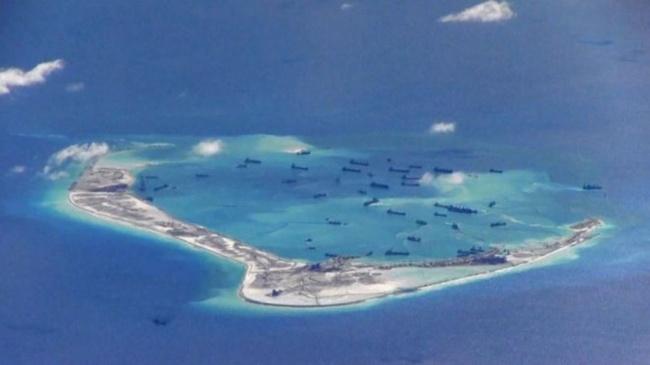 LAMPUNG POST | Kapal Perang AS Manuver di Laut China Selatan