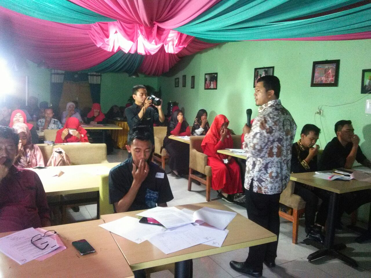 LAMPUNG POST |  Claire Learning Partner menggelar Training Super Change
