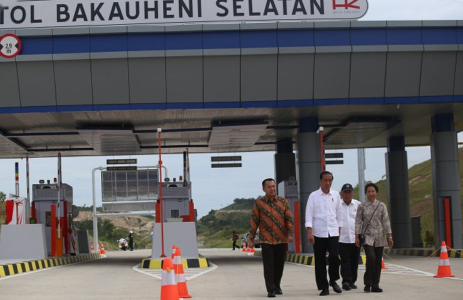 LAMPUNG POST | LAMPOST TV: Presiden Jokowi Resmikan Dua Ruas JTTS Bakauheni-Terbanggibesar