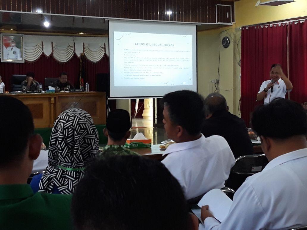 LAMPUNG POST | Anggota Bawaslu Sebut Lampung Peringkat Tiga Politik Uang