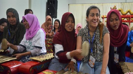 LAMPUNG POST   Mahasiswa Asing Minati Studi Khusus di Indonesia