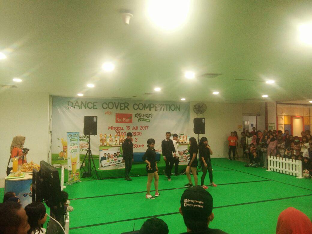 LAMPUNG POST |  Dance Cover Competition Nutrisari Jeju Meriah di Chandra Tanjungkarang