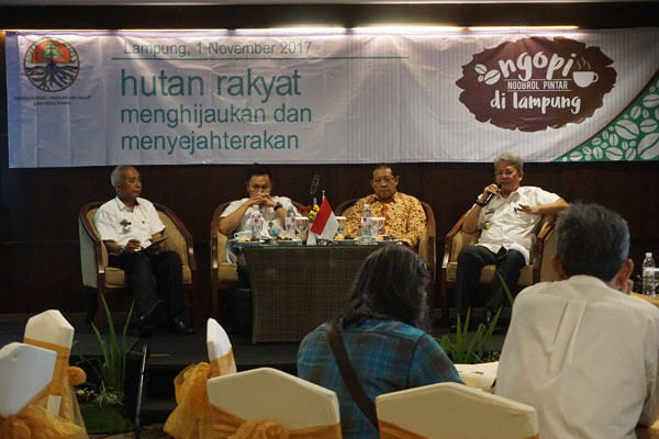 LAMPUNG POST | Lahan Kritis Lampung Berkurang 15%