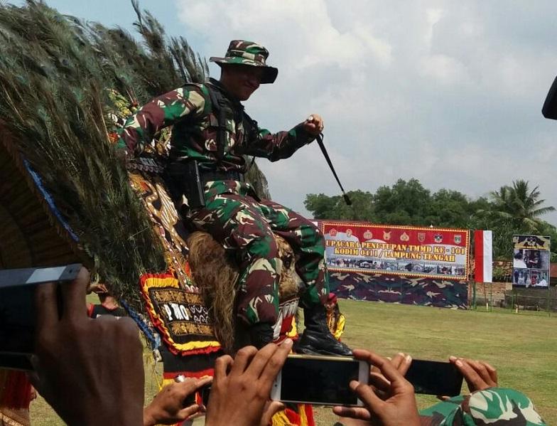 Atraksi Reog dan Kuda Lumping Tutup TMMD di Karangendah
