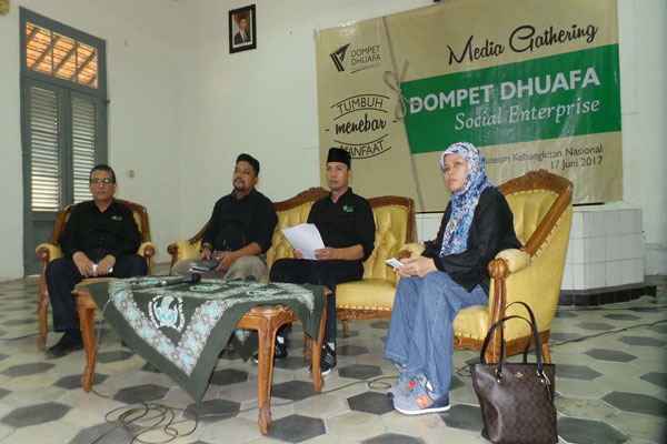 LAMPUNG POST | Dompet Dhuafa Social Enterprise Gelar Media Gathering